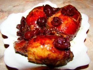 Рецепт приготовления диетической курицы с вишней