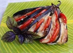 Веер из баклажанов: рецепт с фото