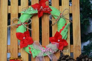 Готовый рождественский веночек из фетра