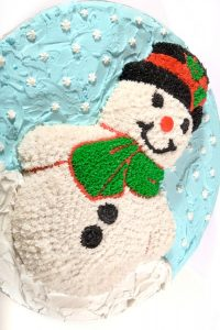 Новогодний торт снеговик