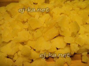 Измельчить картофель