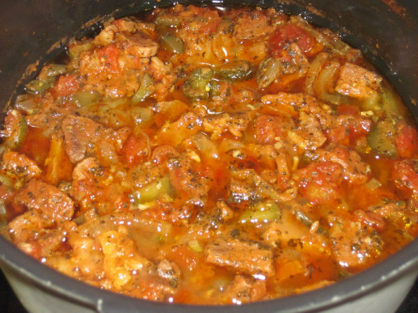 азу из говядины с солеными огурцами в мультиварке рецепт с фото