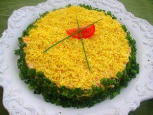Вкусный салат мимоза с горбушей
