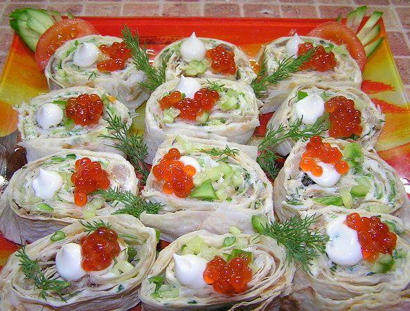 Рецепты начинок для рулетиков из ...: ej-ka.net/recepty-nachinok-dlya-ruletikov-iz-lavasha.html