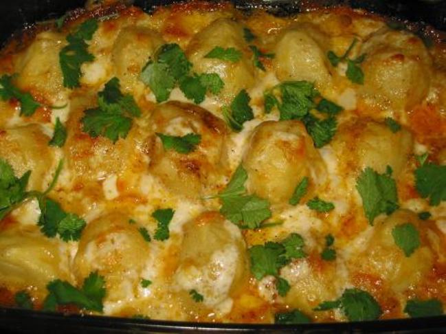 Запеченный картофель с майонезом и сыром в духовке рецепт