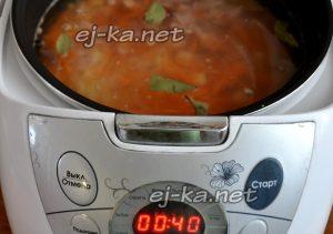 Заливайте водой. Выставляйте программу «суп»