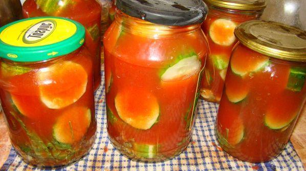 Рецепт огурцов в томатном соусе