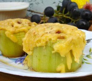 кабачки с фаршем и сыром