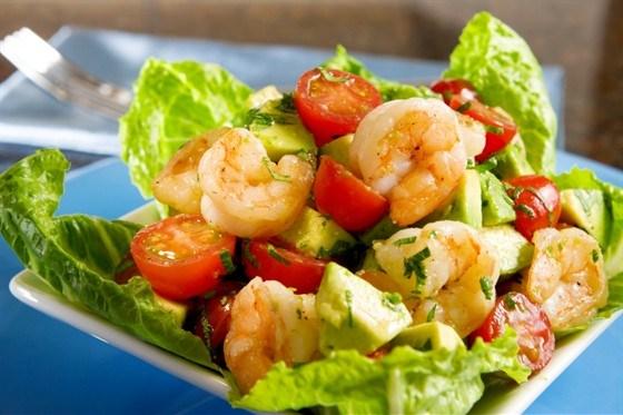 Салат с креветками помидорами и авокадо рецепт