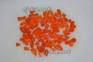 для винегрета с селедкой нарезать морковь с кубиками