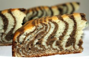 Пирог «Зебра», пошагово дома