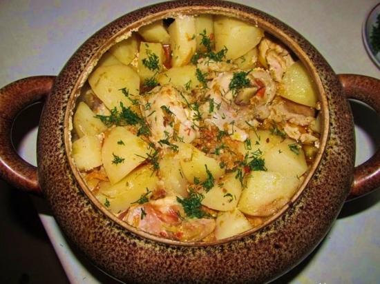 картошка в горшочках с говядиной в духовке