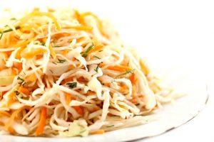 Салат из свежей капусты, очень вкусный