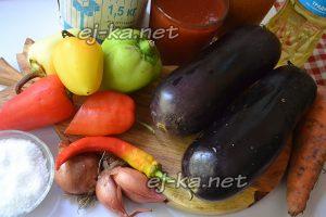 Ингредиенты для лечо из баклажанов