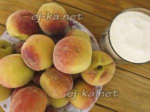 Ингредиенты для компота из персиков на зиму