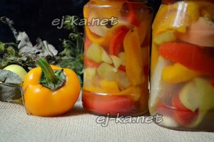Как приготовить маринованный сладкий перец с яблоками на зиму