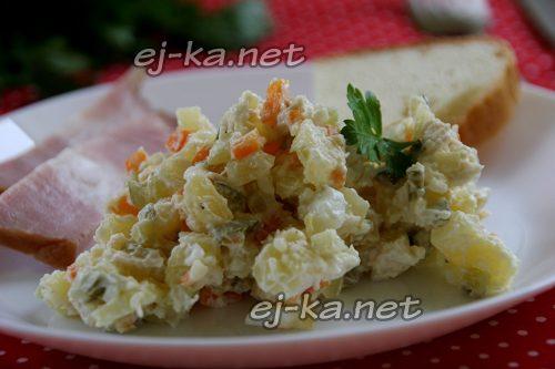 "Салат ""Оливье"" с курицей"