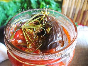 Баклажаны в томатном соусе на зиму