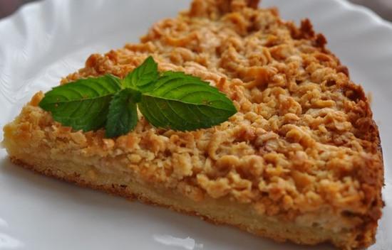 Пирог с яблоками из песочного теста с фото пошагово в духовке