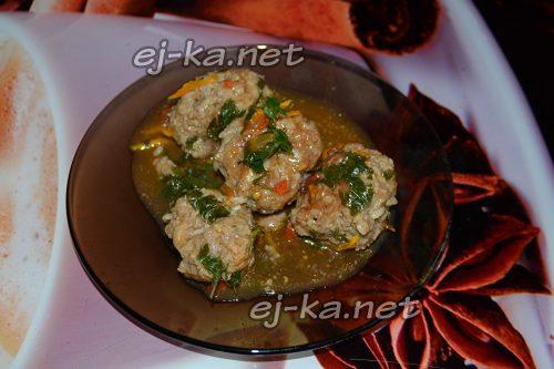 готовые тефтели с рисом в томатном соусе