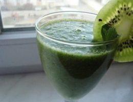 Миниатюра к статье Жиросжигающий «зеленый» коктейль