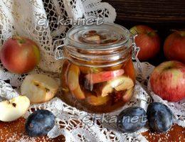 Миниатюра к статье Компот из слив с яблоками и бадьяном