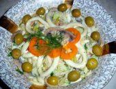 Миниатюра к статье Салат из кальмаров с грибами