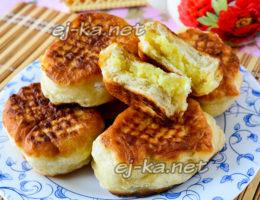 Пирожки с картошкой, жареные на сковороде