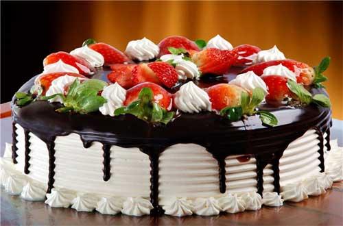 Рецепт торта «Клубничное волшебство»