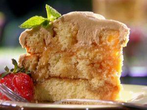 торт с апельсиновой карамелью и нежным кремом
