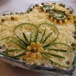 salat s kuricei