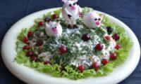 Как украсить салат на год свиньи
