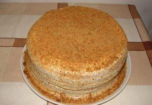 вкусный торт на сковородке