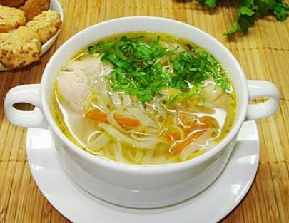 куриный суп с домашний лапшой