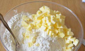 тесто для пирога со смородиной