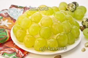"""Салат """"Тиффани"""" с курицей и виноградом"""