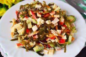 Салат из морской капусты с крабовыми палочками – рецепт с фото