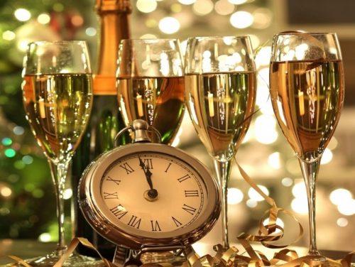 shampanskoe-na-novyi%cc%86-god