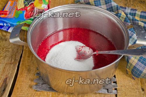 Добавление сахара в малину