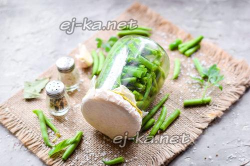 маринованная стручковая фасоль готова