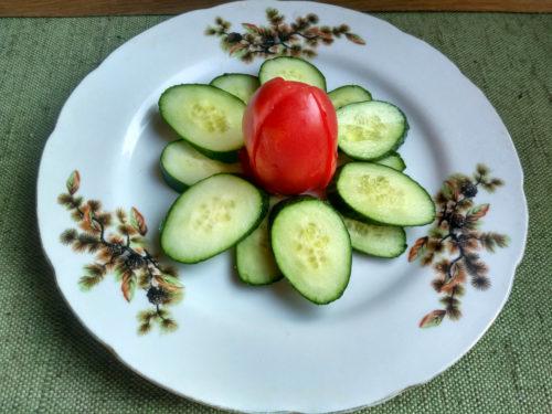 Сервировка овощами