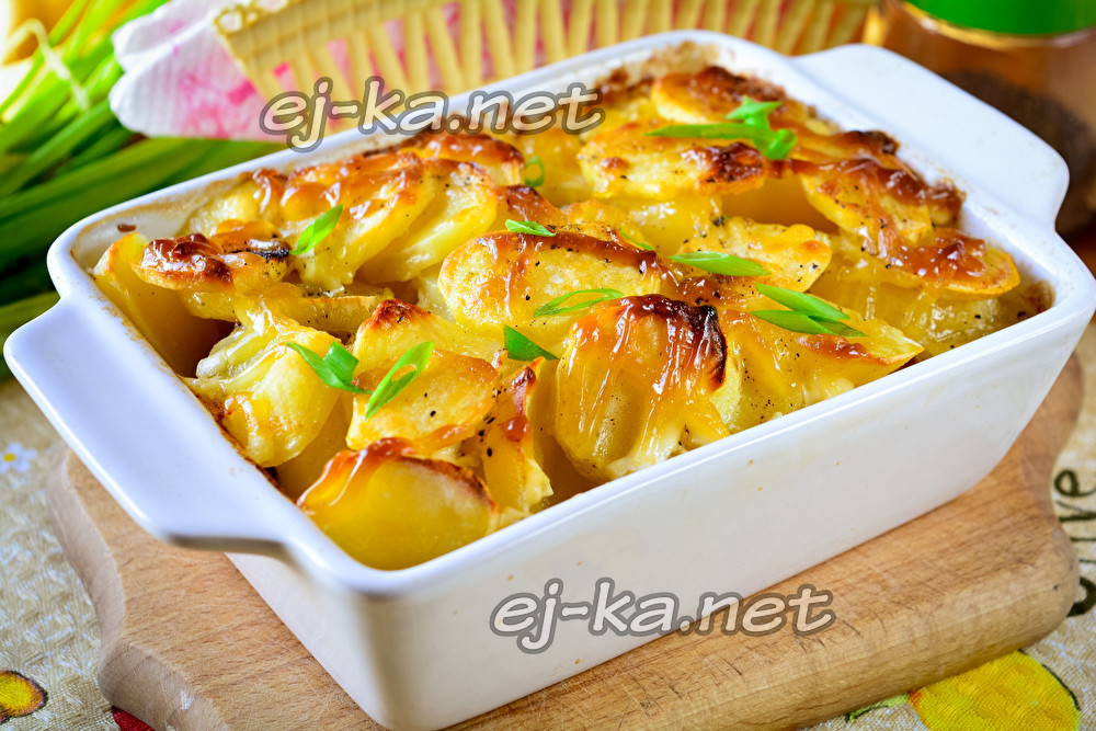 Минтай с картошкой