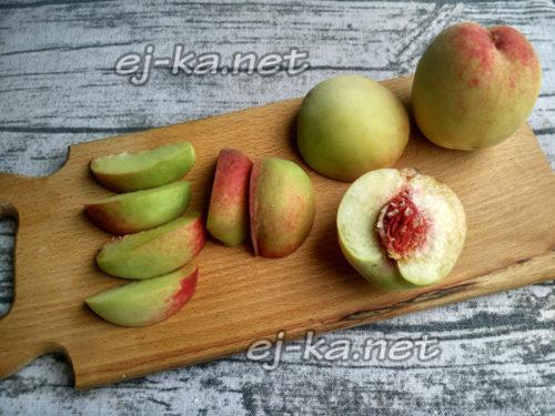 Порежем персики