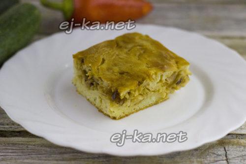 капустный пирог на кефире готов
