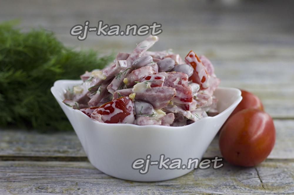 салат обжорка с фасолью