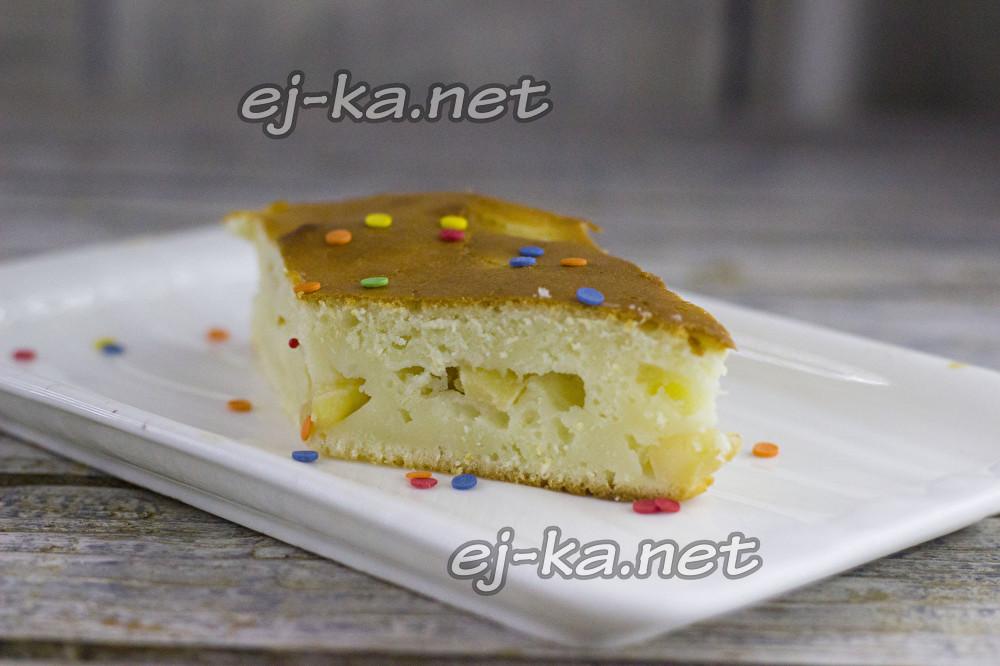 Яблочный пирог как шарлотка