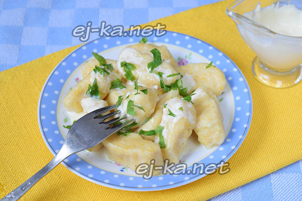 Клецки с тыквой и картофелем