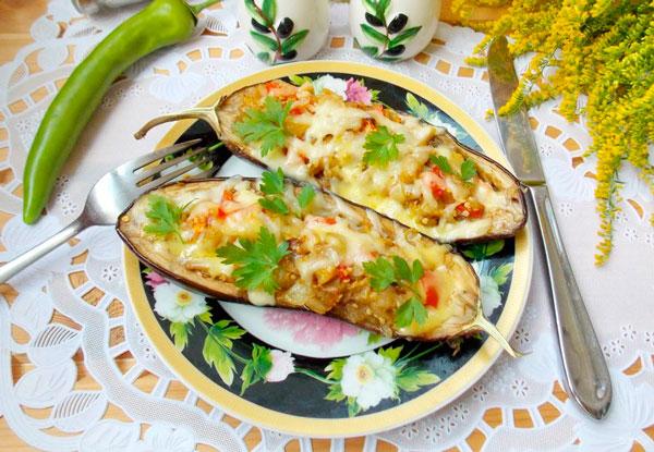 Съедобные лодочки из баклажан: простой и вкусный рецепт