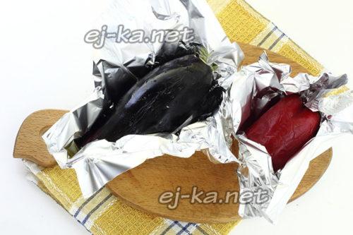 баклажаны и перец запечь в фольге