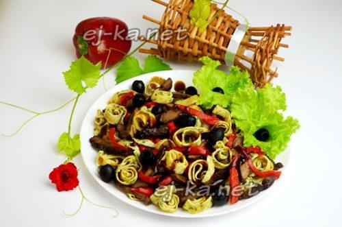 салат из печени готов